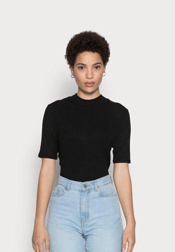 SILDE - Basic T-shirt - black