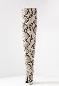 Call it Spring - SLOUCH - Boots med høye hæler - black/white - 5