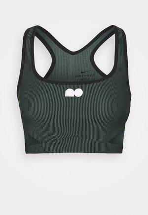 CROP - T-shirt sportiva - hasta/black/white