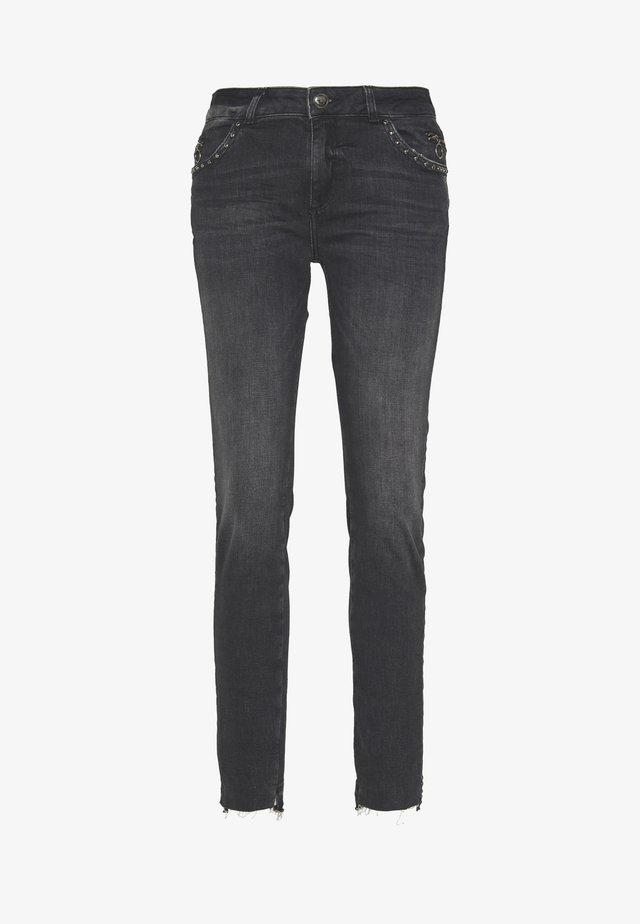 SUMNER SAZZ  - Slim fit jeans - grey