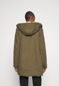 Desigual - CHAQ SIGURD - Zimní kabát - kiwi - 2