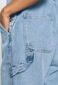 Monki - CIARA DUNGAREES - Overall /Buksedragter - blue medium dusty - 5