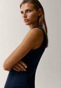 Massimo Dutti - Robe fourreau - dark blue - 5