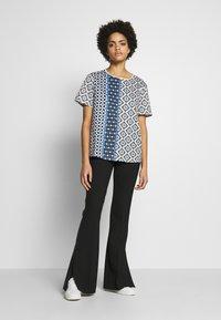 WEEKEND MaxMara - ASCOLI - Print T-shirt - ozean - 1