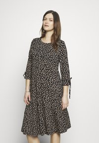 Dorothy Perkins Maternity - DAISY PRINT TIE SLEEVE FIT AND FLARE DRESS - Sukienka z dżerseju - black - 0