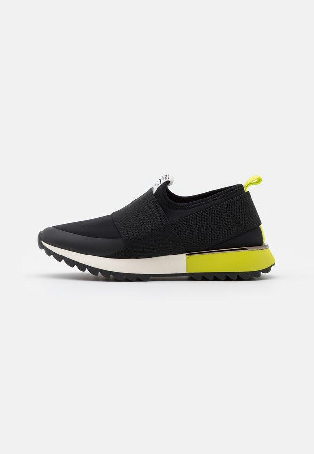 RADIIANT - Sneakers - black
