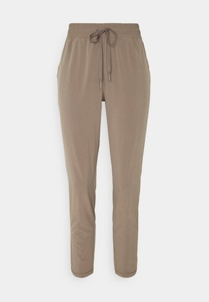 TAPERED PANT - Joggebukse - plymouth rock