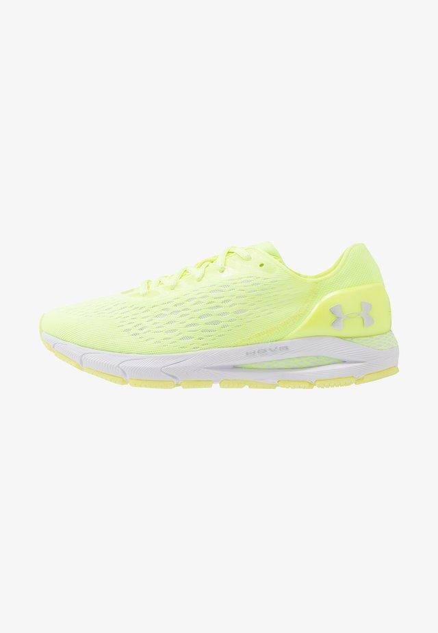 HOVR SONIC 3 - Neutrální běžecké boty - neo yellow/x-ray/metallic silver