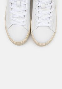 Selected Femme - SLFHAILEY HIGHTOP TRAINER - High-top trainers - white - 5