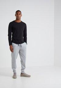 JOOP! Jeans - CARLOS - Long sleeved top - black - 1