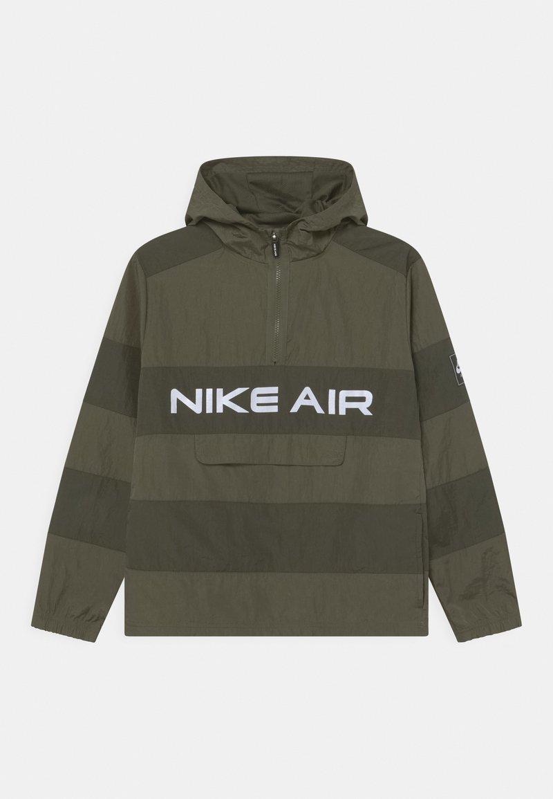 Nike Sportswear - AIR UNLINED ANORAK - Chaqueta de entretiempo - medium olive/cargo khaki