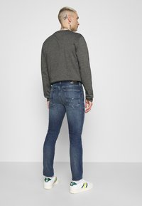 Tommy Jeans - SIMON SKINNY - Slim fit jeans - mid blue - 2