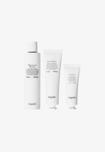 GIFT SET - Skincare set - -