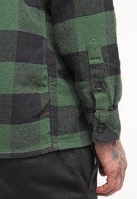 Dickies - SACRAMENTO - Skjorter - pine green - 6