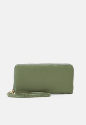 SMILLA - Wallet - matcha green