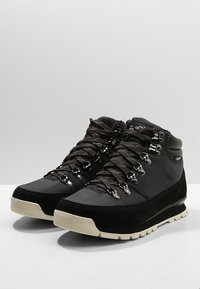 The North Face - REDUX - Hiking shoes - tnf black/vinta - 2