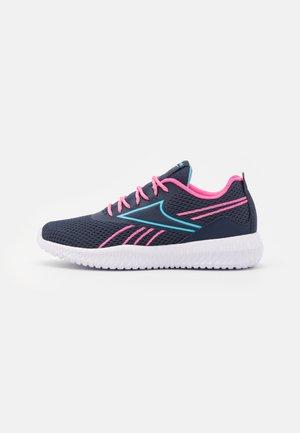 FLEXAGON ENERGY KIDS UNISEX - Sports shoes - vector navy/true pink/digital blue