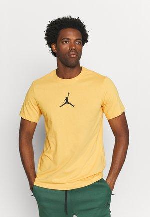 JUMPMAN CREW - T-shirt imprimé - pollen/black