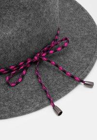 Paul Smith - HAT CLIMB ROPE - Hatt - grey - 3