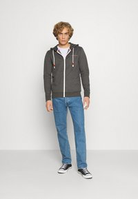 Jack & Jones - JORCLAYTON ZIP HOOD - veste en sweat zippée - dark grey melange - 1
