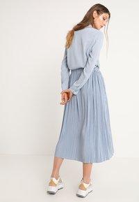 Samsøe Samsøe - UMA SKIRT - Pleated skirt - dusty blue - 2