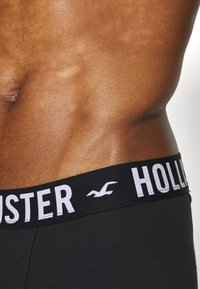 Hollister Co. - CORE SOLID 3 PACK - Panty - black - 2