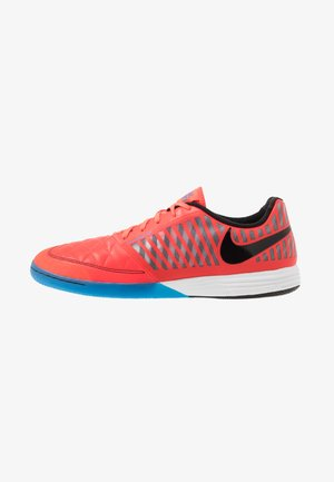 LUNAR GATO II IC - Indoor football boots - bright crimson/black/white/photo blue