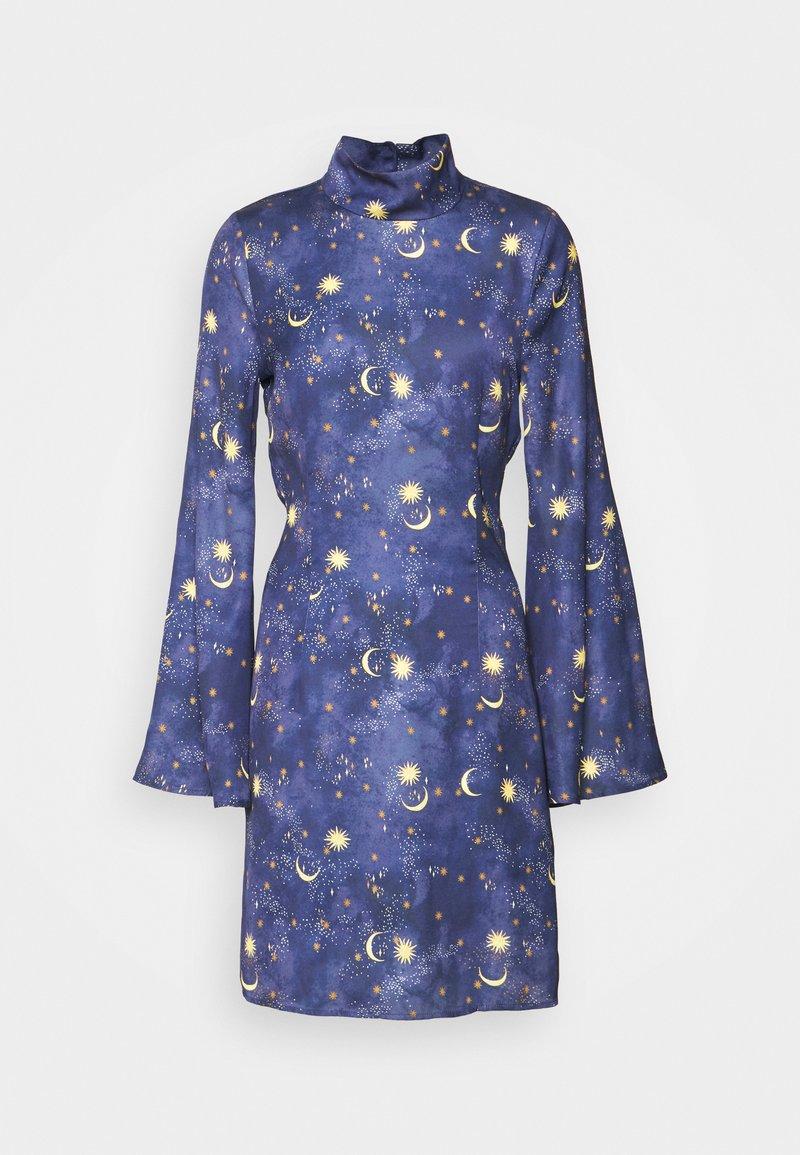 Never Fully Dressed Tall - HIGH NECK MINI MOON AND STARS DRESS - Robe d'été - navy/multi