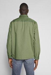 Lee - OVERSHIRT - Shirt - utility green - 2