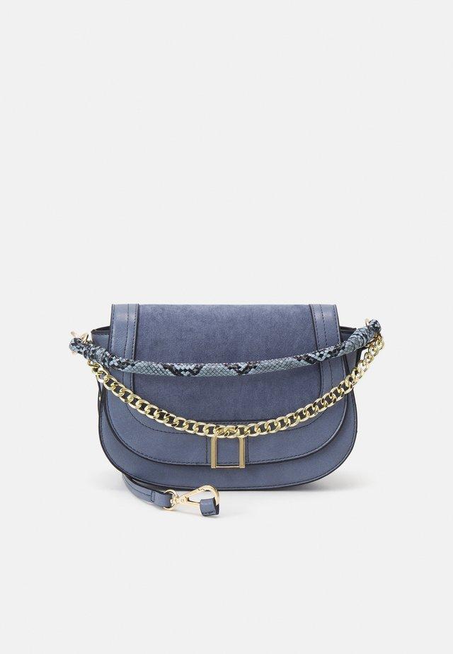 CROSSBODY BAG MIXIE - Handtas - blue