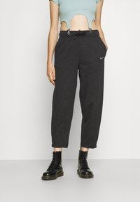 Nike Sportswear - Pantalones deportivos - black heather/white - 0