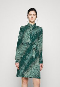 Vero Moda - VMBIBI DRESS  - Shirt dress - ponderosa pine - 0