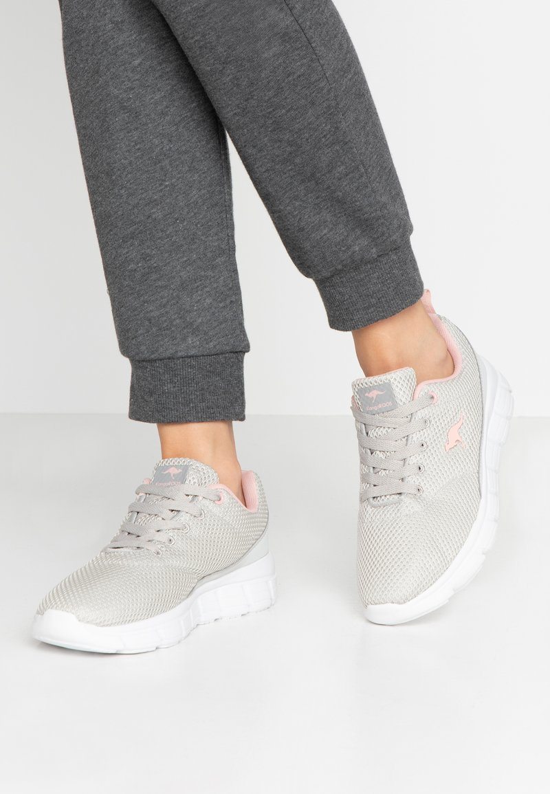 KangaROOS - MAER - Sneakers - vapor grey/english rose
