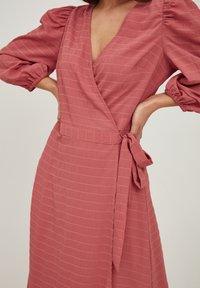 ICHI - IXADRIANA - Day dress - dusty cedar - 4