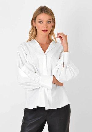OPEN COLLAR - Button-down blouse - white