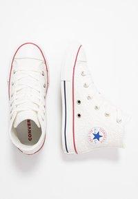 Converse - CHUCK TAYLOR ALL STAR LITTLE MISS CHUCK - Sneakers hoog - white/garnet/midnight navy - 0