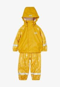 Helly Hansen - BERGEN RAIN SET - Regnjakke / vandafvisende jakker - essential yellow - 4