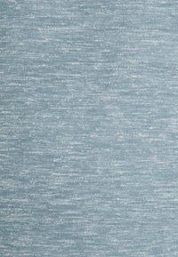 Icebreaker - DOWLAS CREWE - Basic T-shirt - gravel - 2