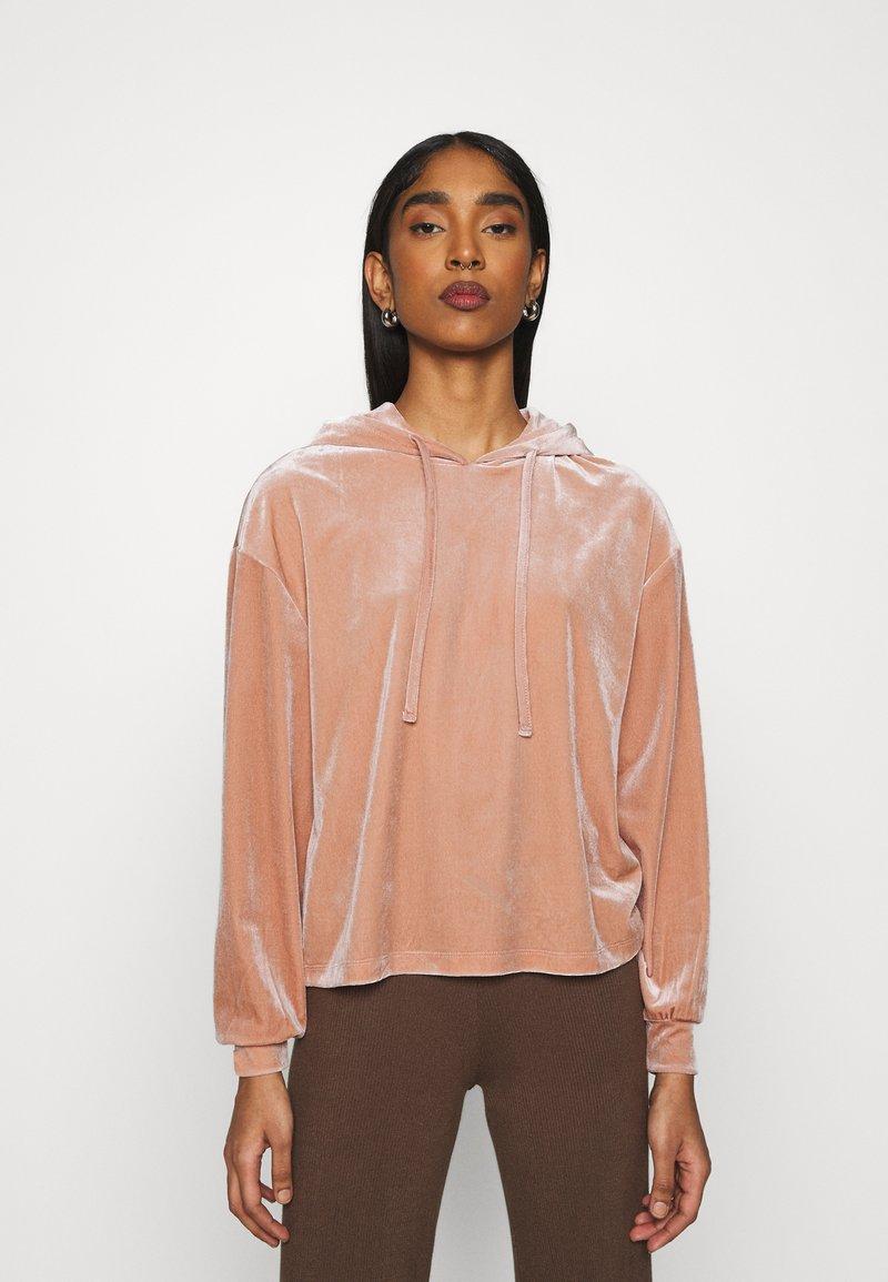 Pieces - PCGIGI HOODIE - Sweatshirt - misty rose