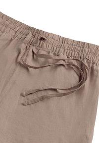 OYSHO - Shorts - brown - 5
