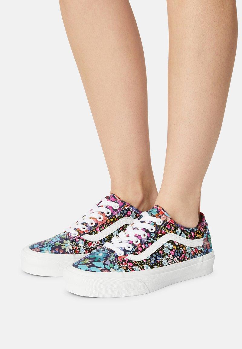 Vans - UA OLD SKOOL TAPERED - Sneakers basse - liberty fabrics