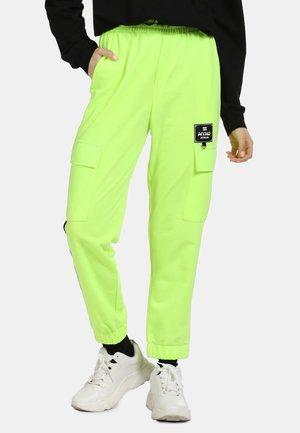 Teplákové kalhoty - neon green