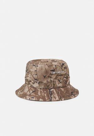 SCRIPT BUCKET HAT UNISEX - Hat - desert/white