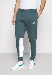Nike Sportswear - SUIT SET - Tuta - ash green/white - 3