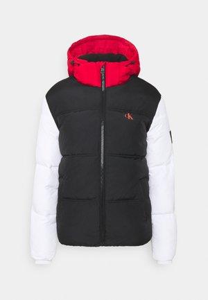 COLOURBLOCK PUFFER - Winter jacket - black/ white / red