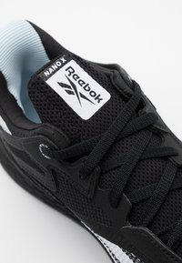 Reebok - NANO X - Trainings-/Fitnessschuh - black/white - 5