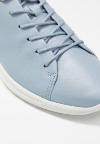 ECCO - FLEXURE RUNNER - Sneakersy niskie - dusty blue metallic - 2