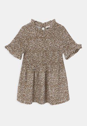 NKFDORAR - Print T-shirt - brown