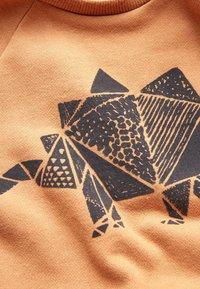 Next - TAN STEGOSAURUS - Sweatshirt - beige - 2