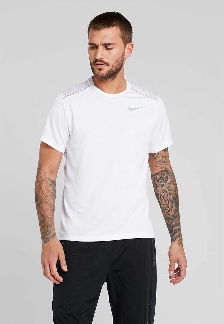 Nike Performance - DRY MILER - Print T-shirt - white/reflective silver